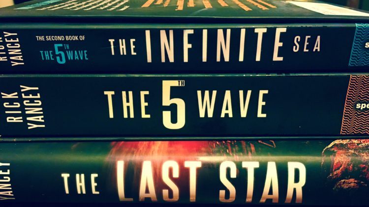 The Fifth Wave Series – Full Review – Read it!